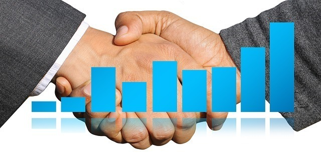 handshake-3378255_640.jpg